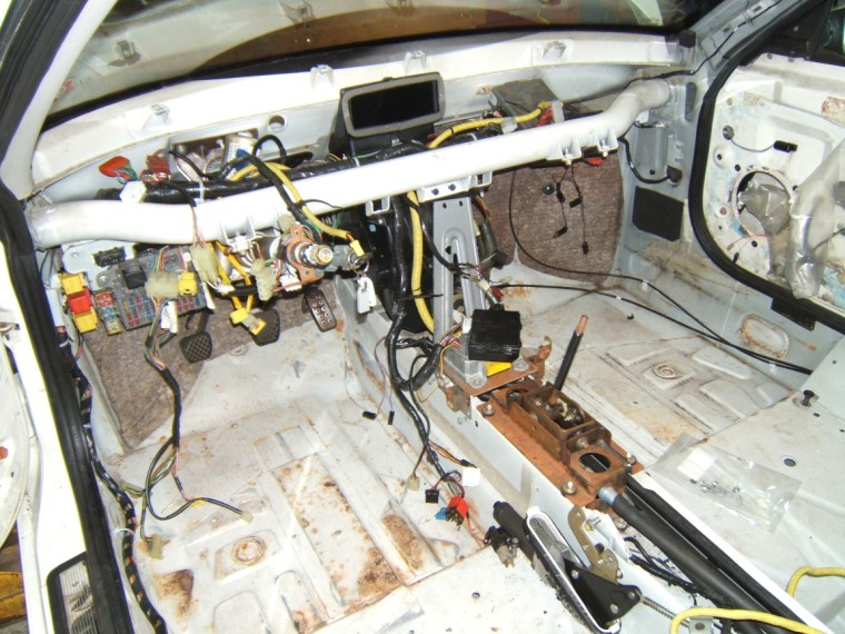 DSCF1552web mgfcars ca canadian mgf importer right hand drive (rhd) to left mgf fuse box location at gsmportal.co